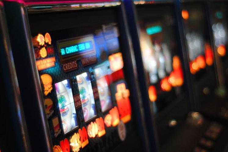 Folk spelar casino Heilmassage