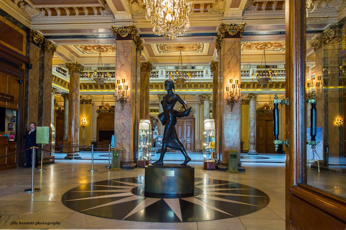 Monte Carlo casino Regelmäßiges